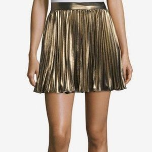 Haute Hippie Skirts - About TO DONATE❗️NWT‼️Haute Hippie Gold Skirt